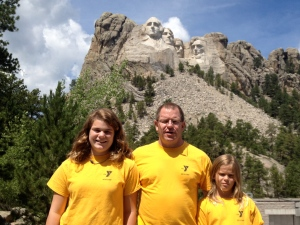 Sophia, Tim, and Annika at Mount Rushmore