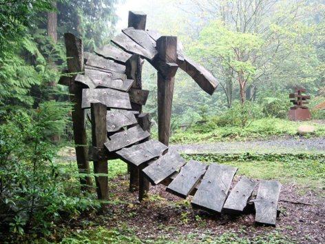 Turn, by Lee Imonen, one of the sculptures in Big Rock Garden Park