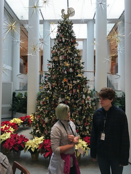 Annika and Sophia with the Christmas tree at the Williamsburg museum. Note the treetop ornament.